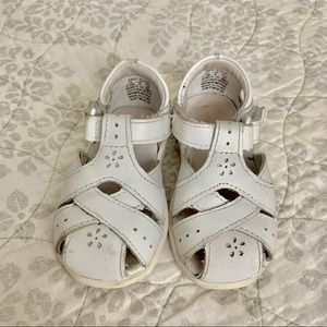 Stride Rite Tulip Sandals in White - size 4.5